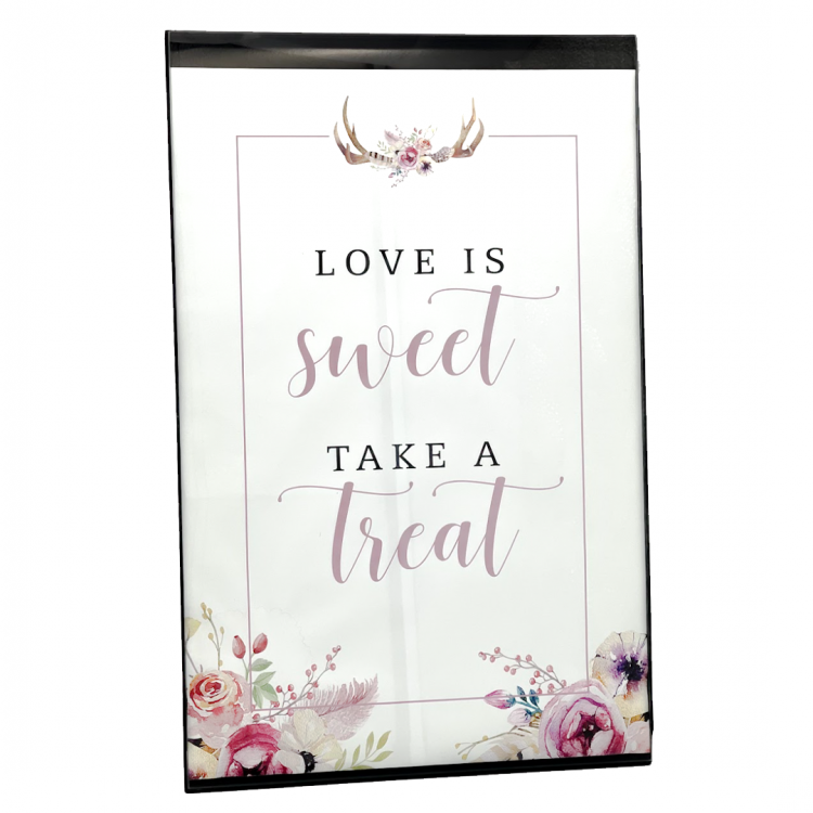 Love is Sweet Sign, Frame
